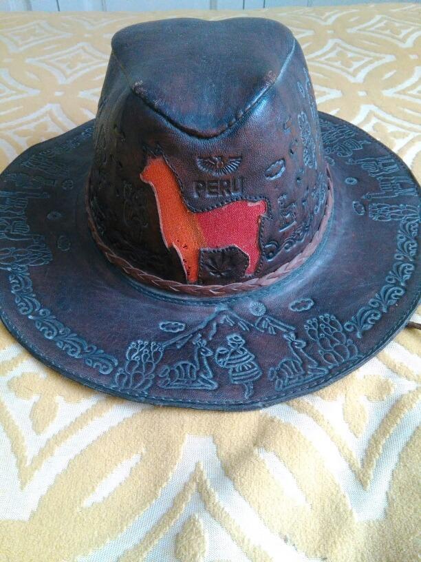 0b447bffaccca sombrero de cuero peruano. Cargando zoom.