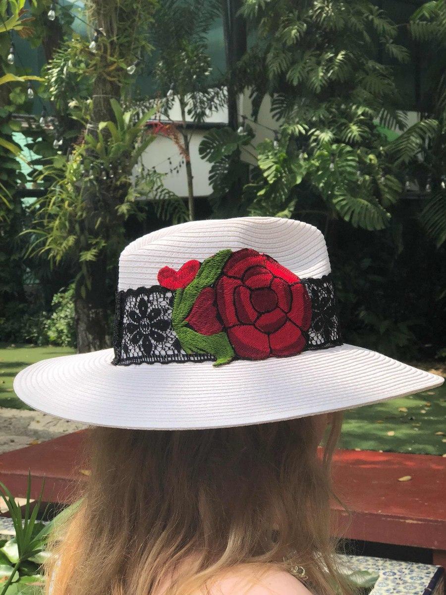 257a48e0823e2 Sombrero De Moda. Sombrero Decorado. Sombrero Para Dama. -   520.00 ...