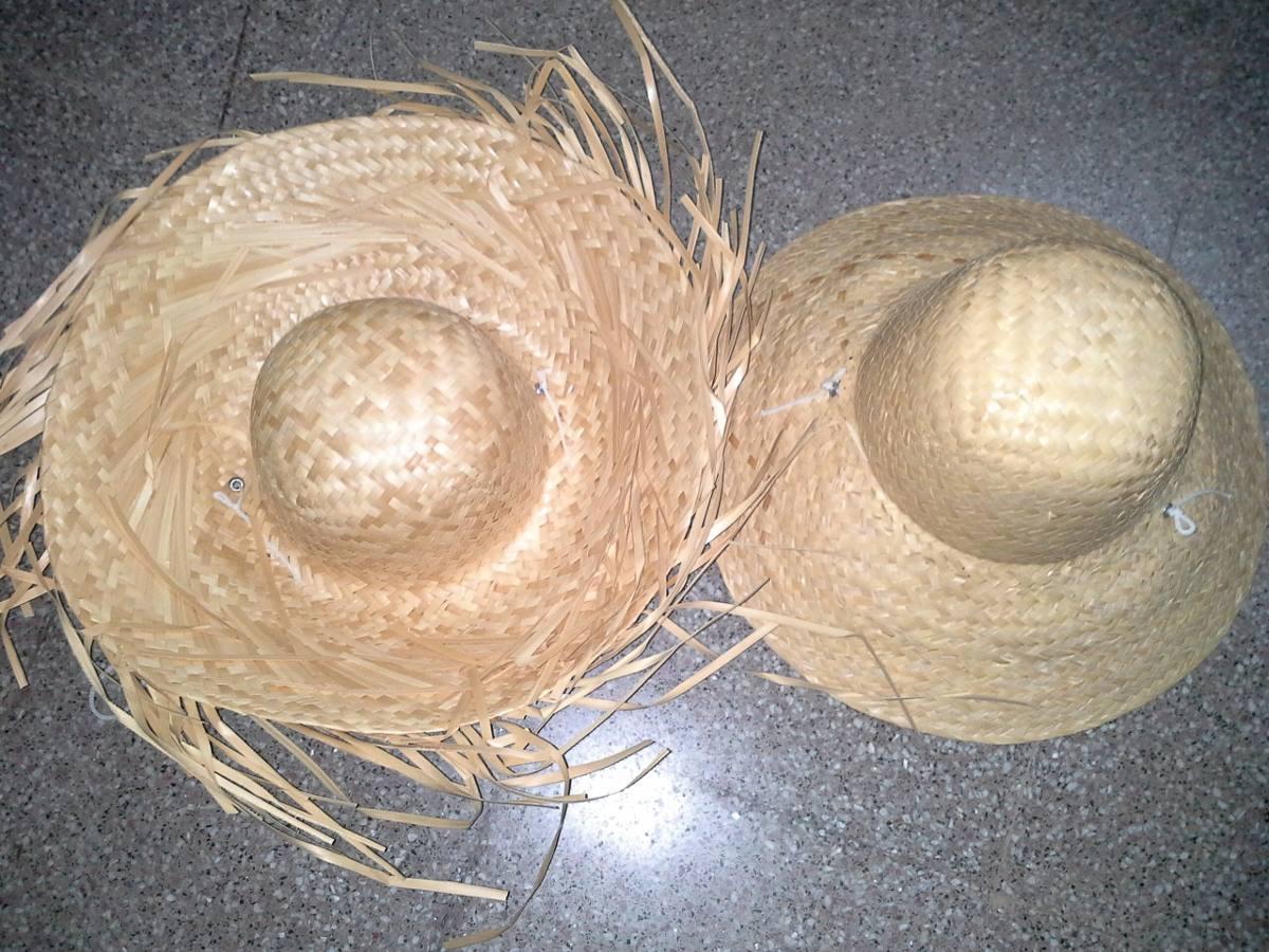 10f706827508a sombrero de paja campesino con flecos. Cargando zoom.