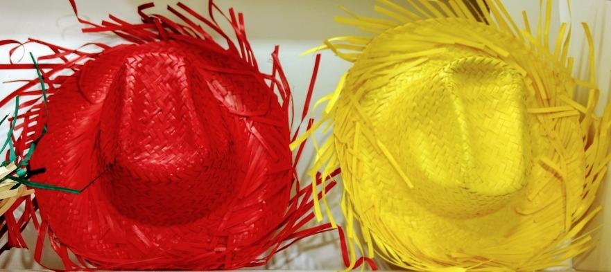 fa8126196f929 sombrero de paja campesino desflecado unisex adulto infantil. Cargando zoom.