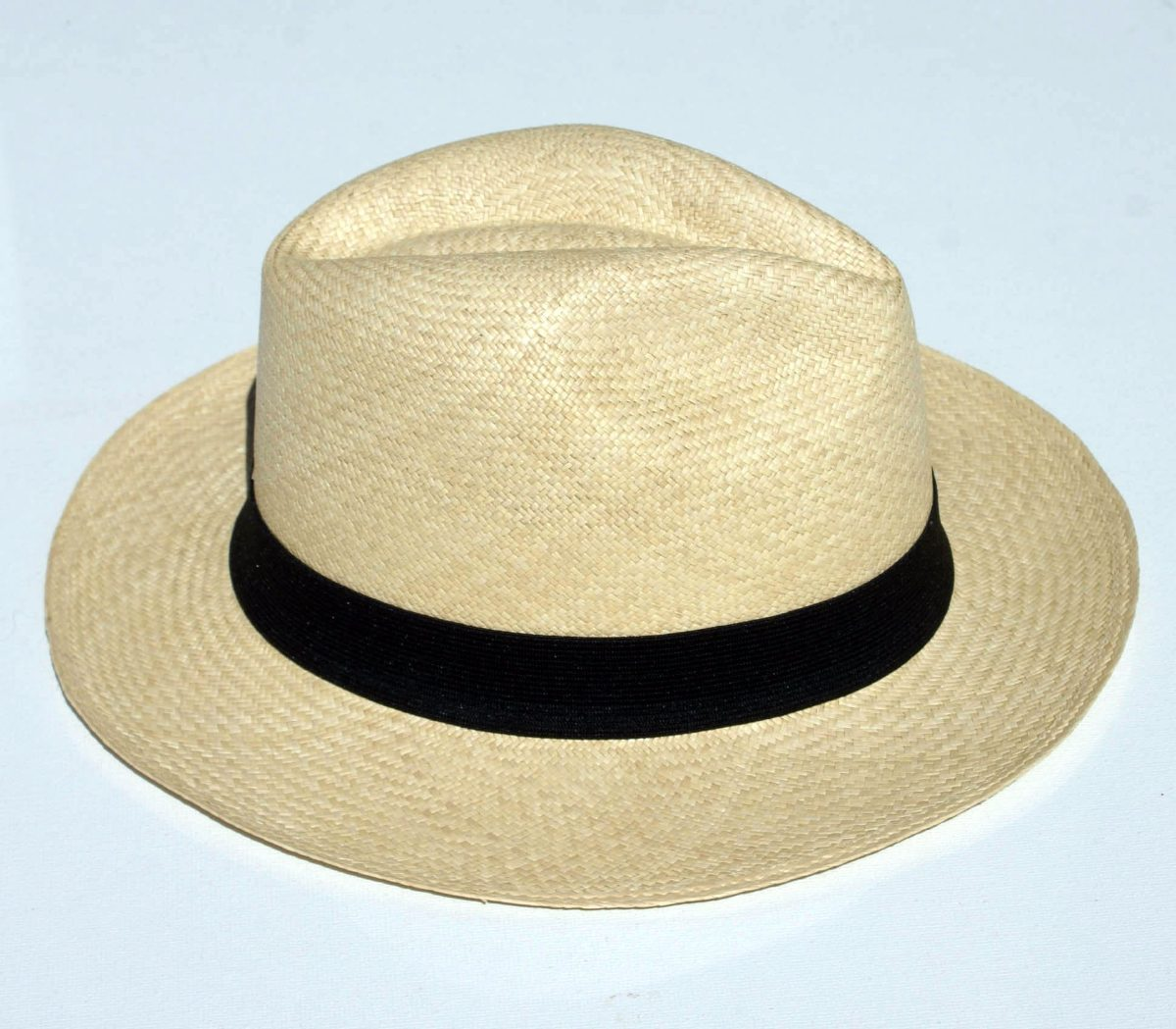 79303689b6452 Sombrero De Paja Toquilla (ecuador) Aguacate Ala Corta - Bs. 1