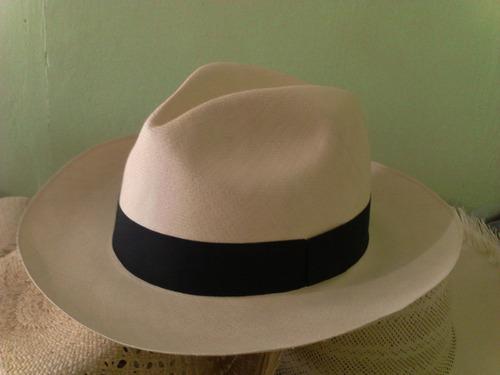sombrero fino montecristi