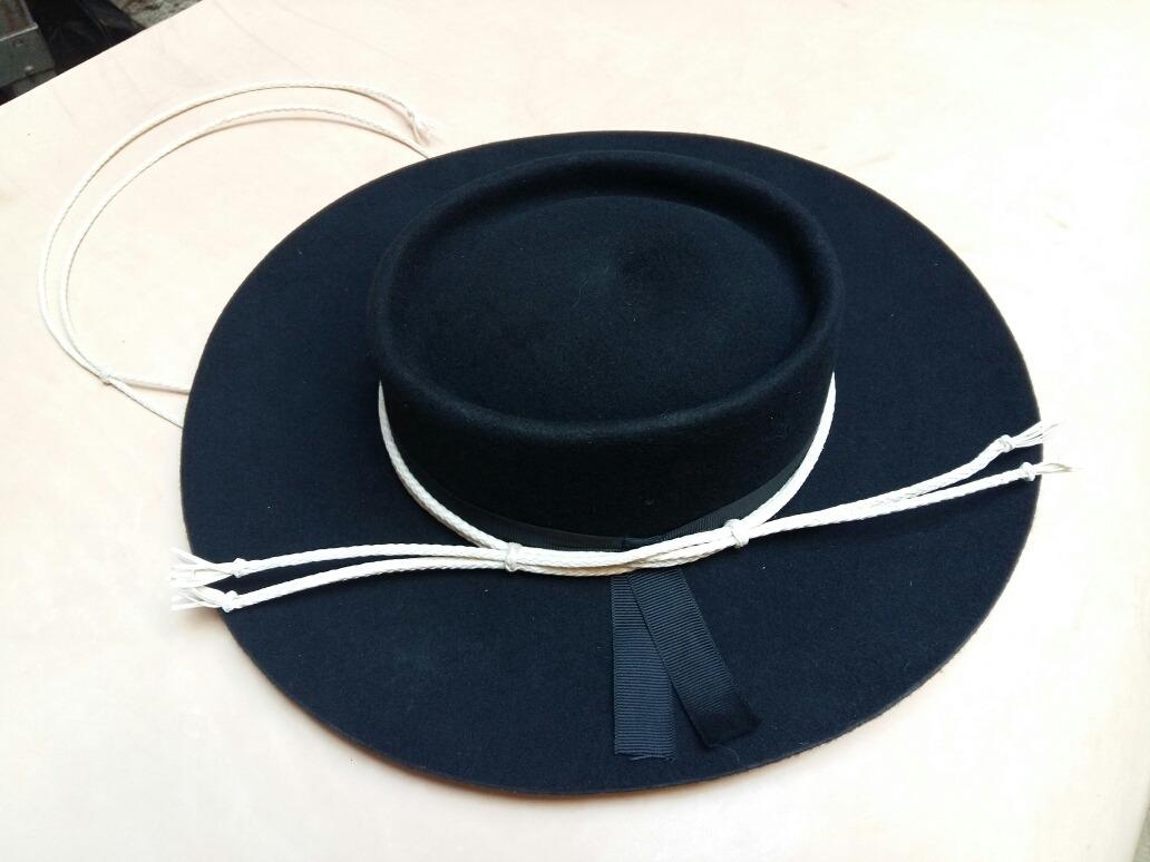 Sombrero Gaucho De Paño Con Toquilla Y Barbijo -   1.150 e1fc64ff19d