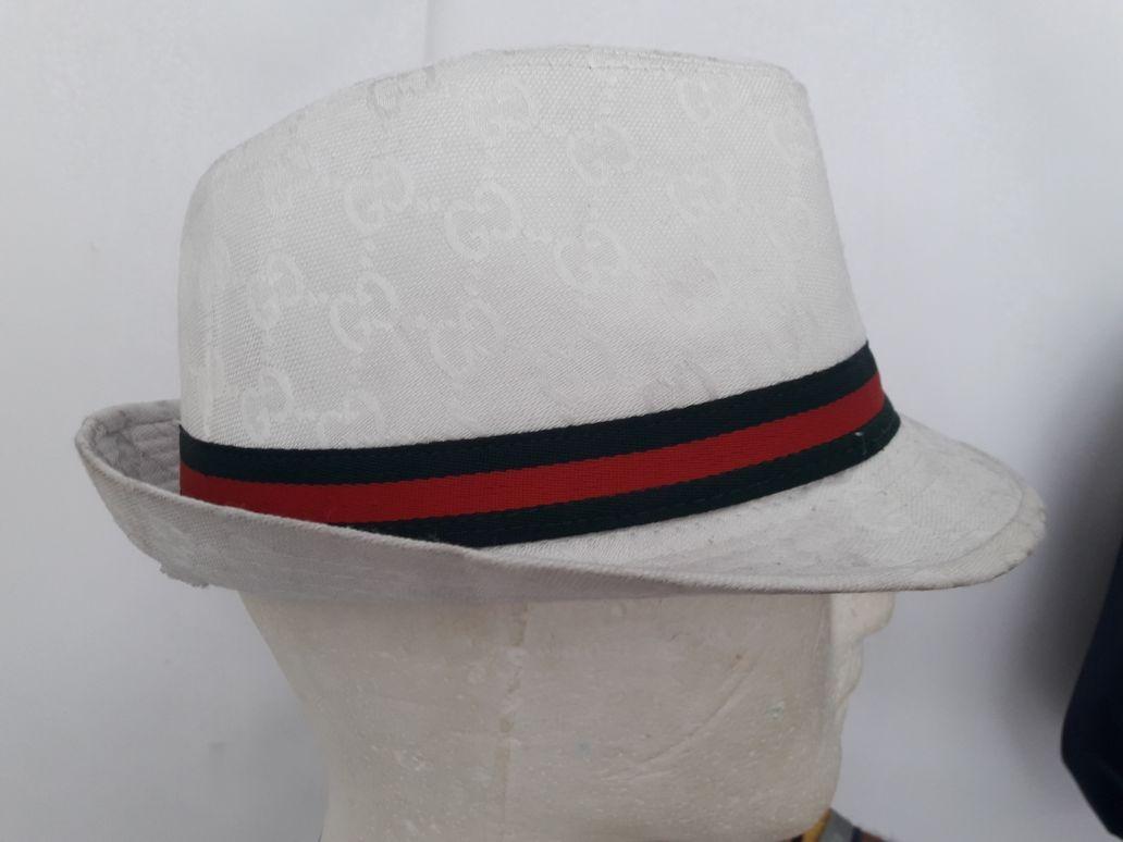 Sombrero Gucci -   35.000 en Mercado Libre e86bff21d3e