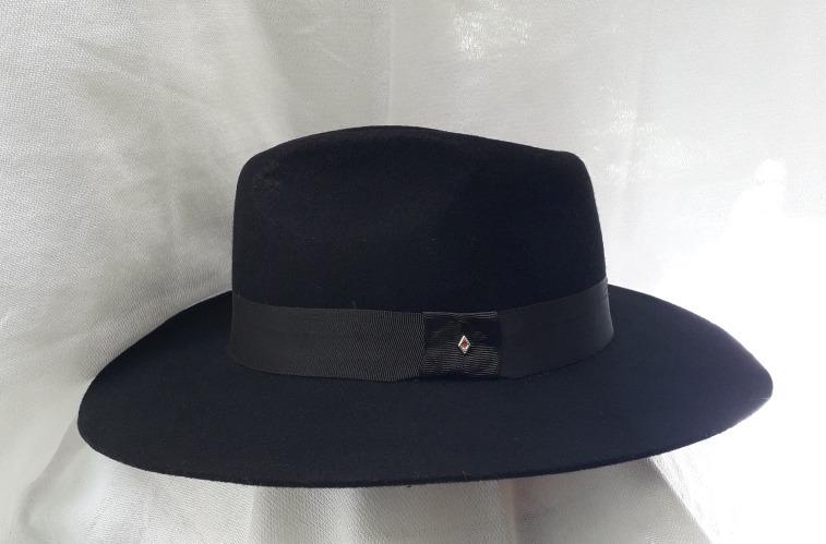Sombrero Maluma En Fieltro Fabricación Colombiana -   68.000 en Mercado  Libre 9750edd378b