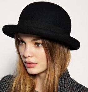 sombrero modelo bombin tipo inglés  naranja mecanica.