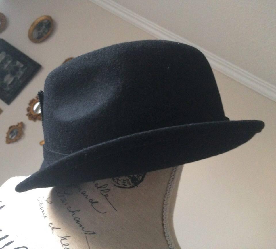 8ea2ca002c5a3 Sombrero Mujer 100% Lana Marca Zara Color Negro Vintage -   27.000 ...