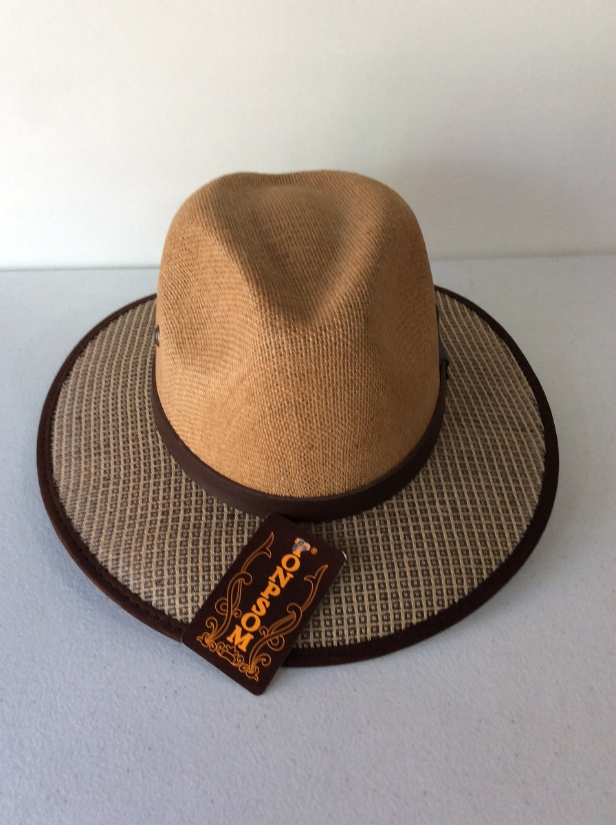 9ac0e522a0aa2 sombrero tipo indiana con borde y orificios para pasar luz. Cargando zoom.