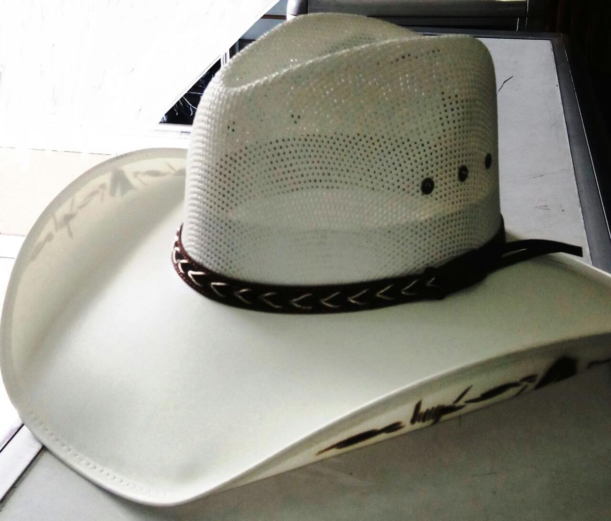 Sombrero Vaquero Estilo Roa Capo En Lona Tipo Montador -   45.000 en ... c3cf964c99b