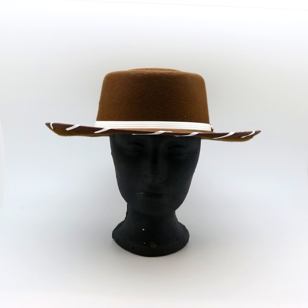 9385d2ae84eaa Sombrero Woody Toy Story Niño -   279.00 en Mercado Libre