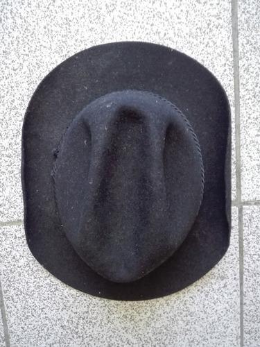 sombreros negro y blanco chalo cali