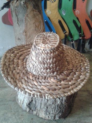 sombreros vaqueros, texanos, coleo caballos pajilla