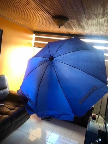 sombrilla parasoles totalmente nueva .