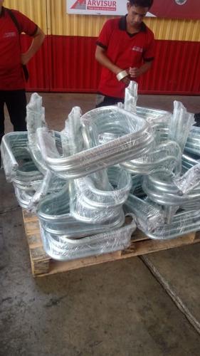 sombrillas de lino plastificado y tubo zincado y bases