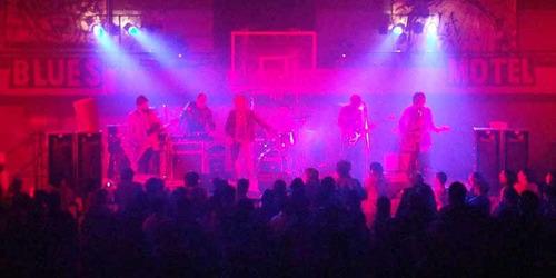 sonido e iluminación - bandas - eventos - fiestas - dj