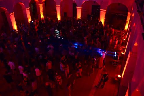 sonido iluminación fiestas eventos