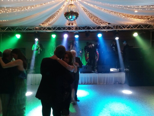 sonido, luces, pirotecnia, y efectos para bodas y eventos.
