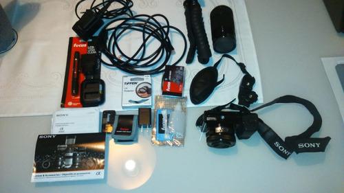 sony alpha a6000 seminova duas lentes e muitos acessórios