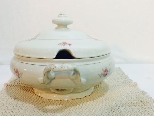 sopeira de porcelana  c.t-polland .década de 40/50.