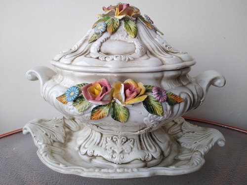 sopera, cofre, centro de mesa, cerámica capodimonte