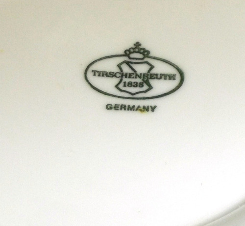 sopera de navidad, de porcelana alemana bavaria. remate