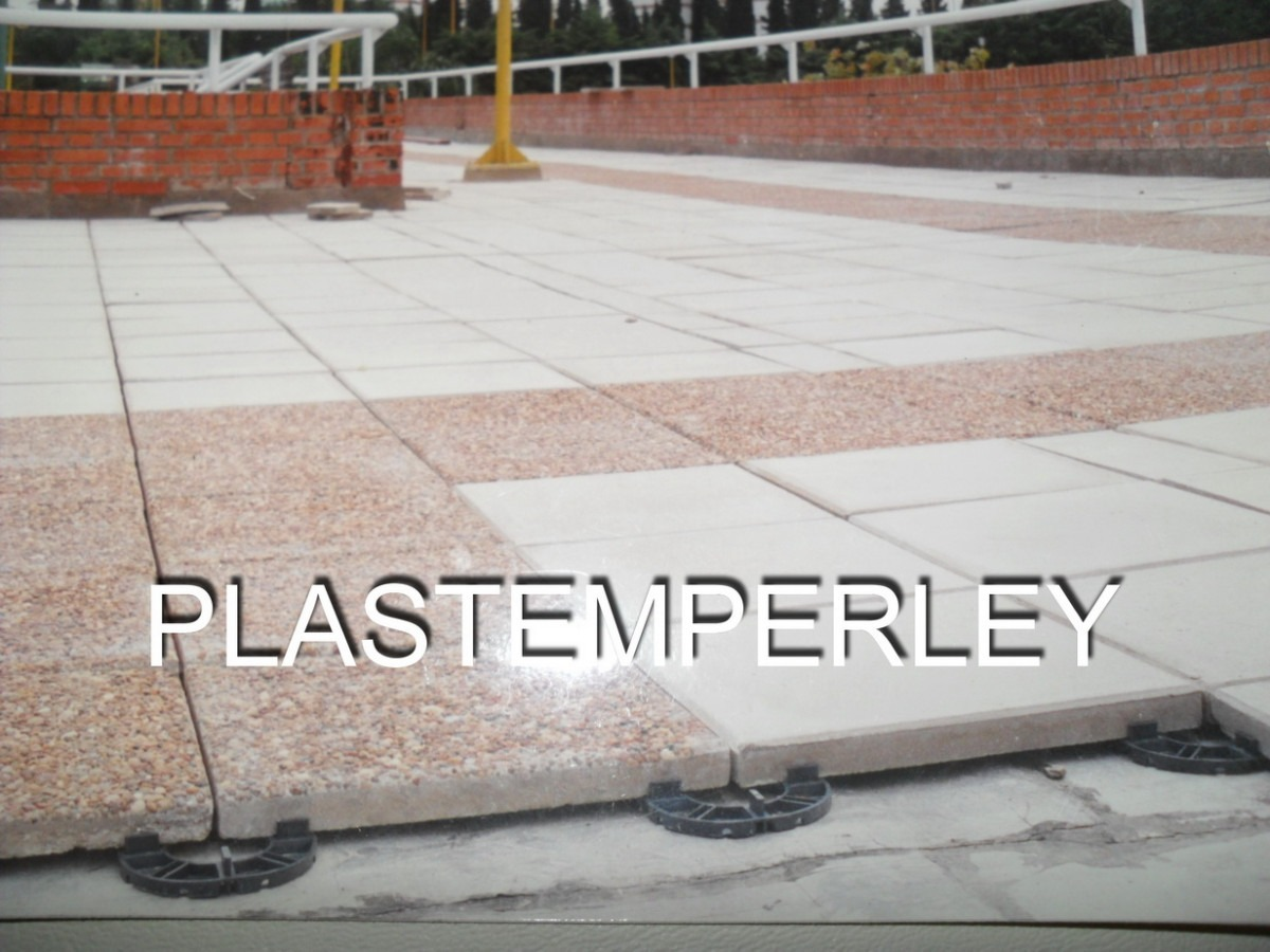 Baldosas para terrazas perfect suelos de piedra natural for Losetas terraza