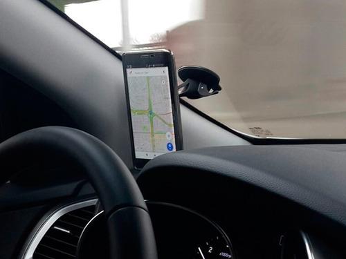 soporte celular telefono auto
