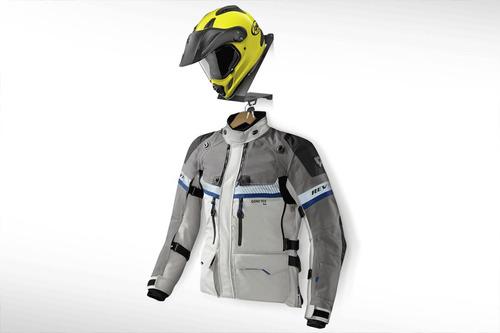 soporte de casco y chaqueta para pared marca mastech
