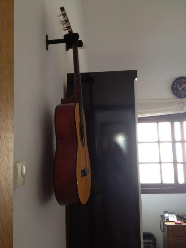 soporte de guitarra o bajo para amurar a la pared 500