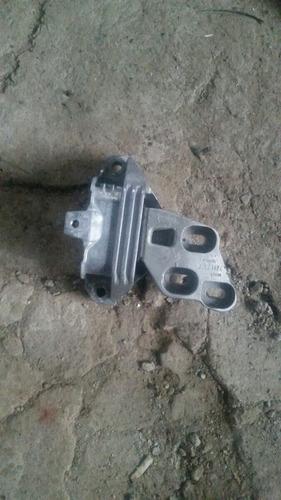 soporte de motor mercedes benz a200