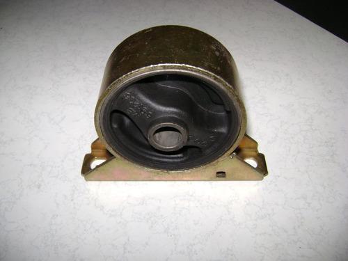 soporte delantero lancer modelo viejo cb  detal