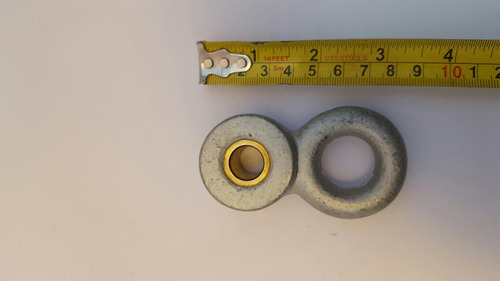 soporte metálico con buje de bronce para columpio
