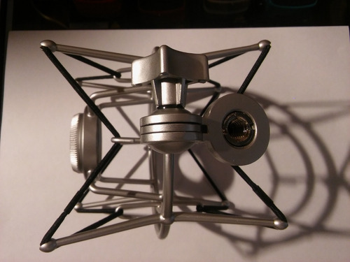 soporte microfono estudio araña suspension superlux hm-7 hm