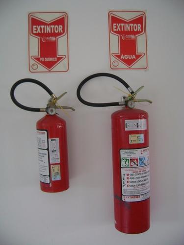soporte o base de extintor modelo co2  10 y 15 lb