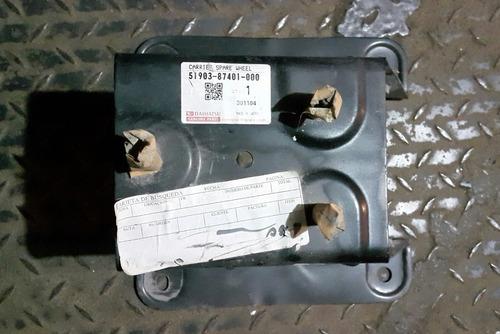 soporte o base porta caucho de repuesto  terios 2002/07