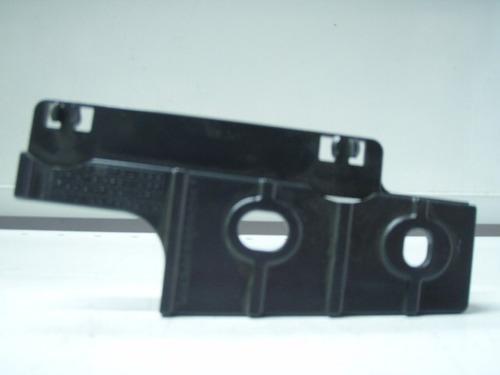 soporte paragolpe del. der. lateral renault 21 mn