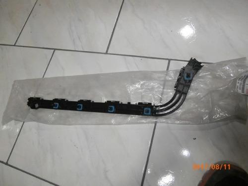 soporte plastico rh bumper trasero 4 runner 2010