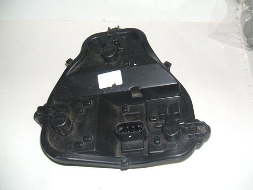 soquete da lanterna traseira chevrolet onix hatch direita