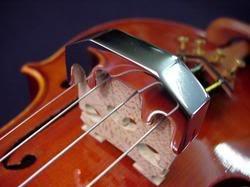 sordina metálica cromada para violín, viola.