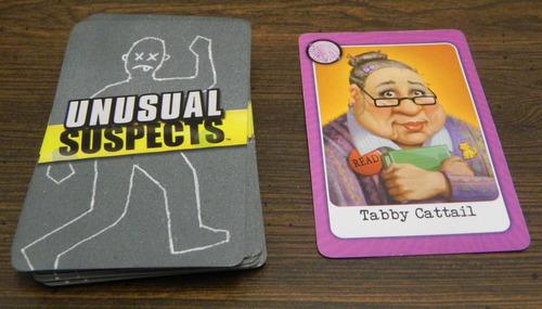 sospechosos inusual juego de mesa de  dados y cartas
