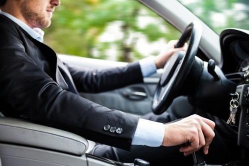 sou motorista particular e entregas delivery com carro