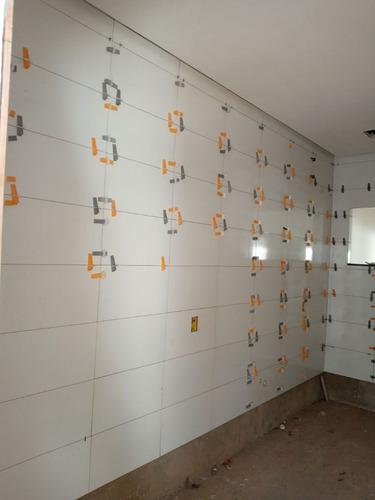 sou pedreiro de acabamento porçelanatos pinturas pisos em gl