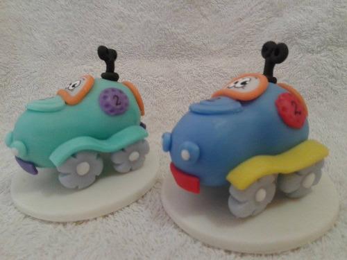 souvenir autitos auto en porcelana fria