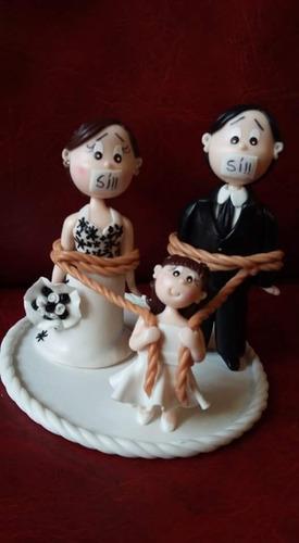 souvenires bodas porcelana fria totalmente caracterizados!