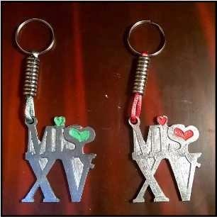 souvenirs 15 llavero  cumple 15 40 40  clave de sol
