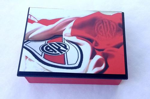 souvenirs cajitas para naipes cuadros de fútbol