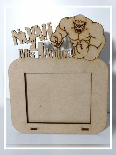 souvenirs portarretrato personalizados con personaje  x 10 u