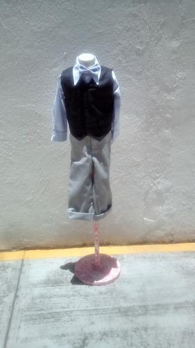soy sastre realizó todo tipo de ajuste de prendas.