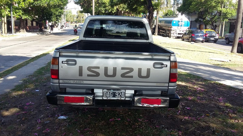 space cab isuzu