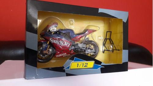 spider moto altaya 1/12 yamaha 2004